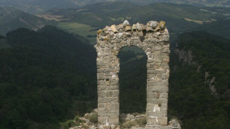 Castillos de Queralt y Miralles